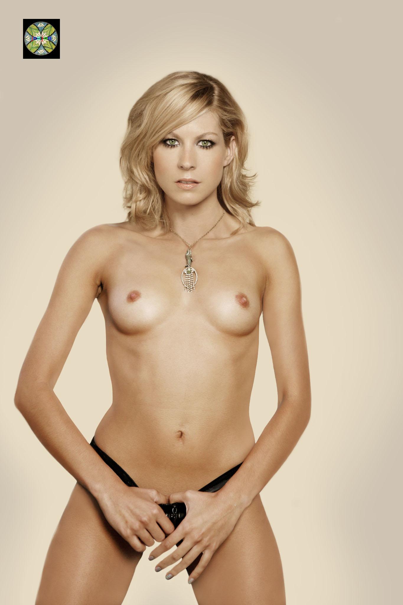 Jenna Elfman Nude Pics