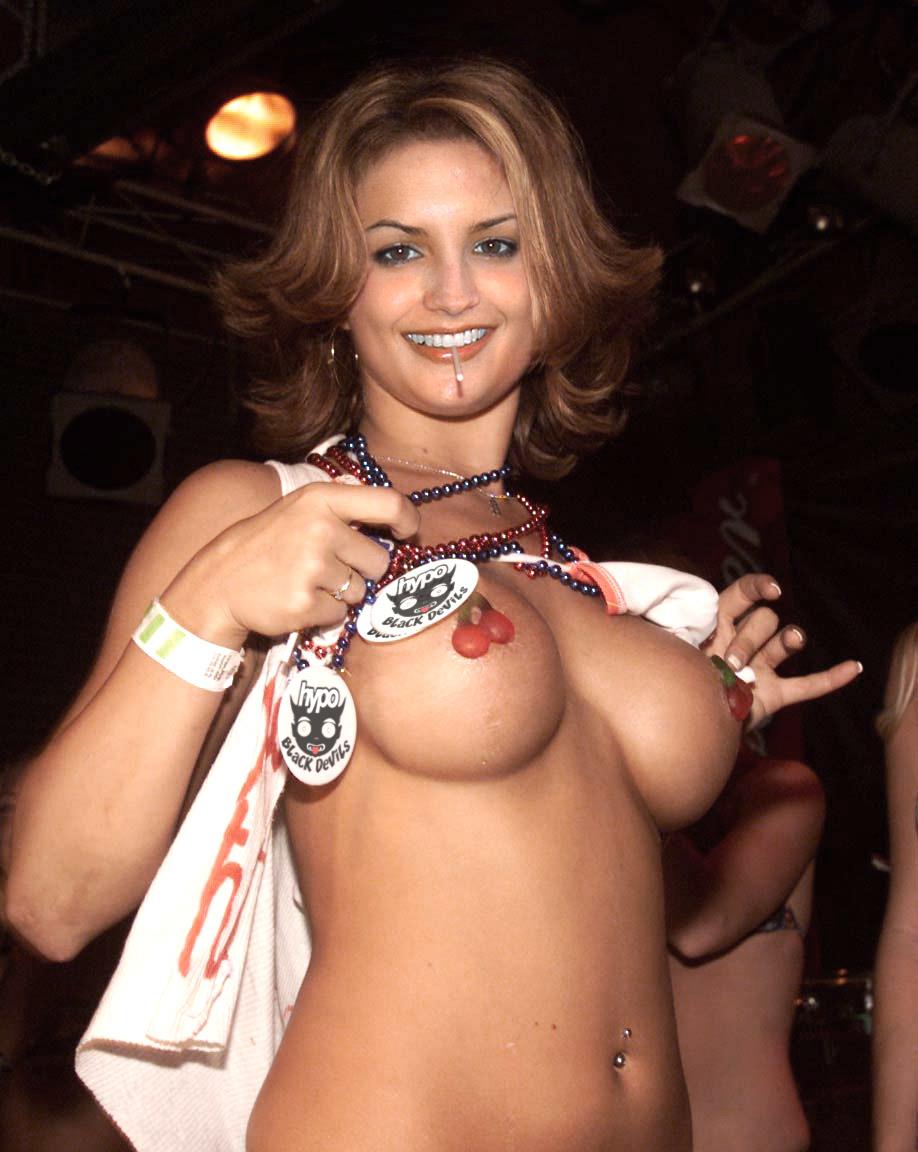 Cook nackt  Leigh Rachael 41 Hot