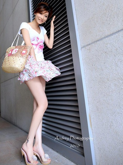 【会話書き起し】渋谷で札幌出身の生脚がエロいモデルをナンパ!!