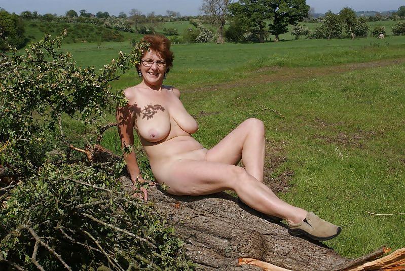 older mature nude women