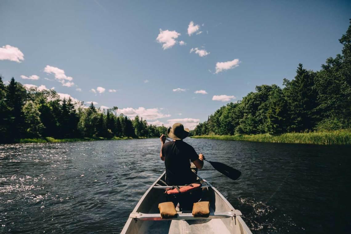 voyageurs_national_park_canoe_paddling