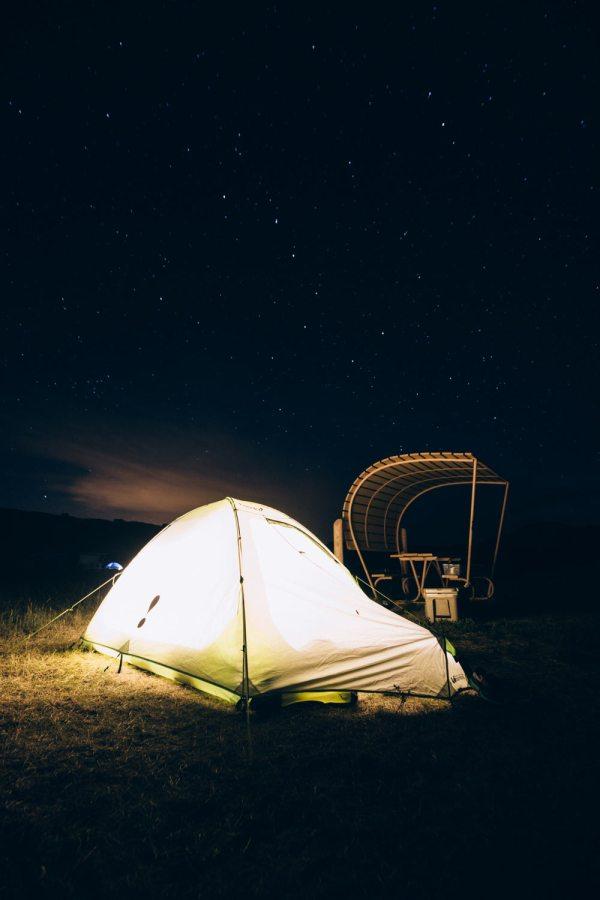 six_creepy_tales_national_park_quest_badlands_night