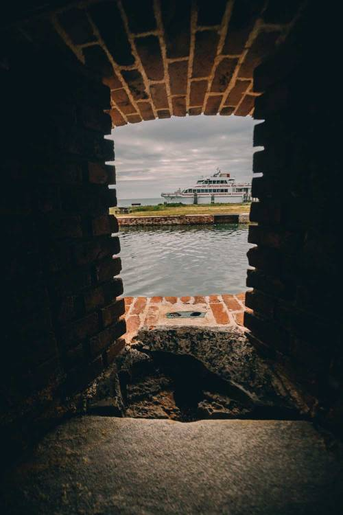 dry_tortugas_national_park_facts_fort_jefferson_window