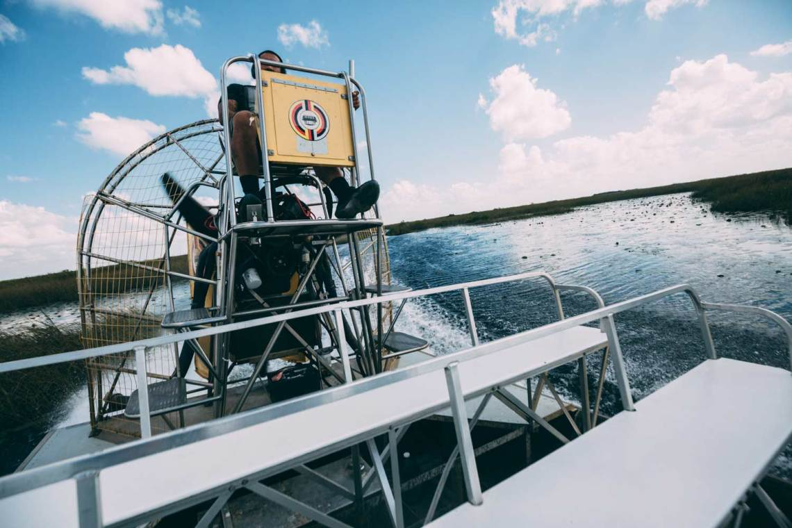pirates_who_haunt_everglades_boating