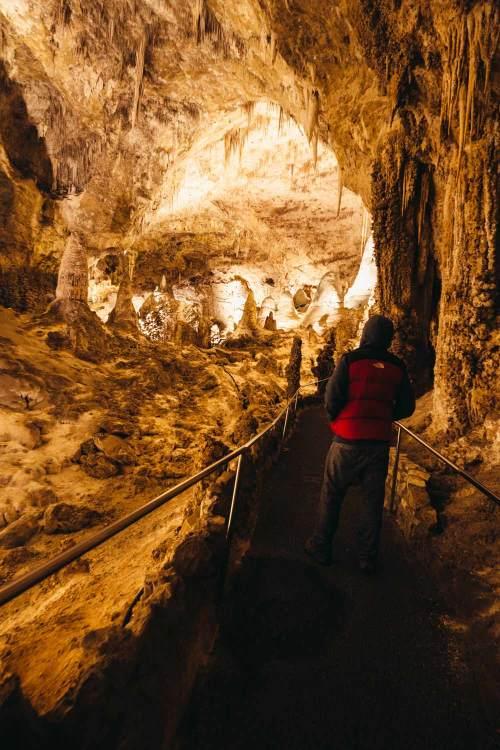 Carlsbad_exploring_national_park_quest