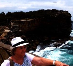 UFO Photo Australia Sydney 4Dec13
