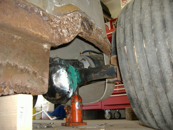 Midget rear axle
