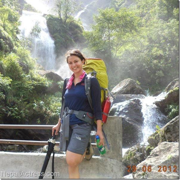 nisha_adhikari_trekking