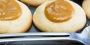 easy caramel cookies without dairy or eggs fea