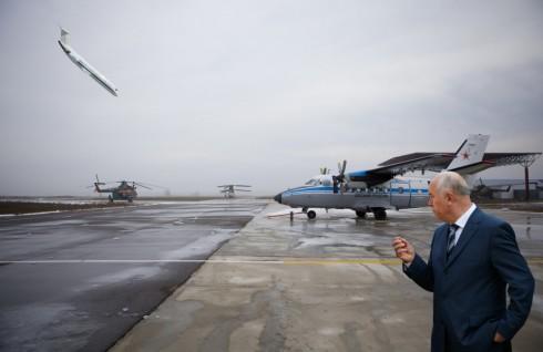 Меркушкин и ГК «Ренова» не договорились о якорном авиаперевозчике?
