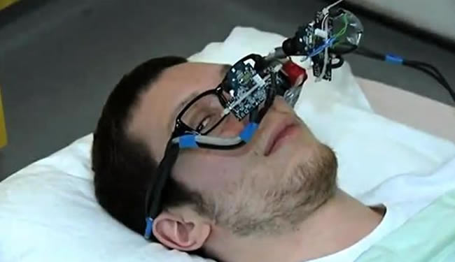 brain-machine-interface-eye-tracking