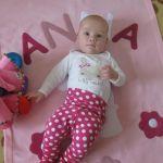 Anna baba rózsaszínben :-)