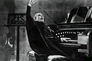 The Phantom of the Opera (1925): Lon Chaney at the organ