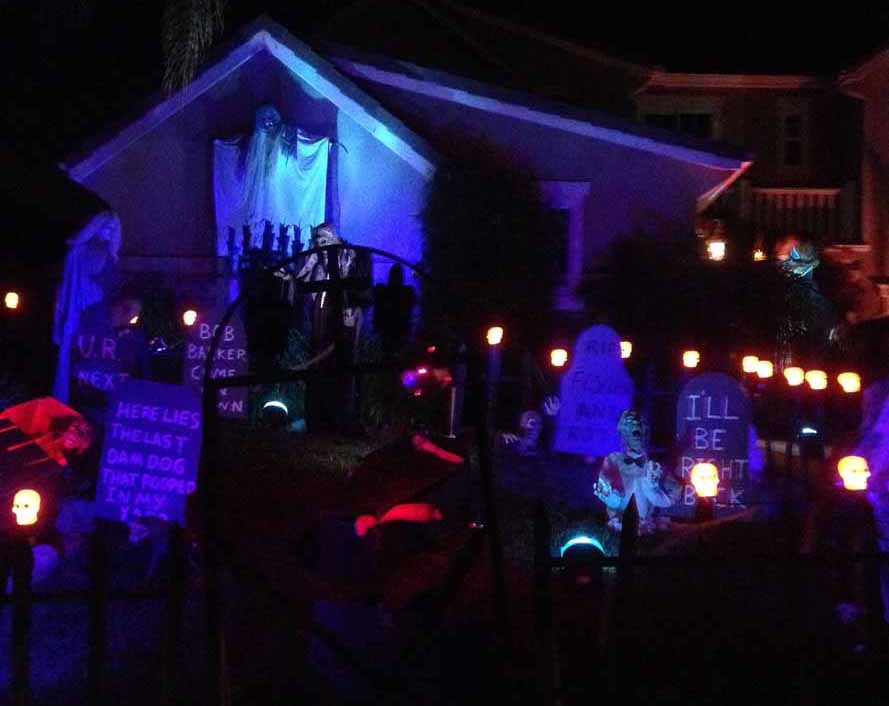 Halloween Haunt Odyssey 2014: Simi Valley and Thousand Oaks