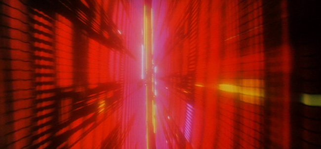2001_screenshot_stargate_011