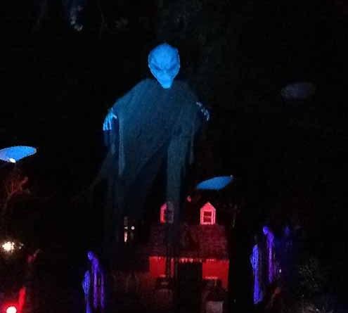 Frankenstein Castle: Alien