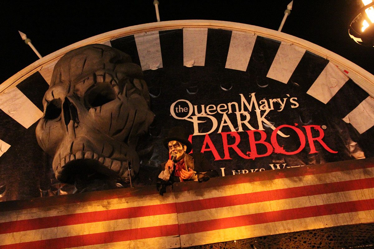 Queen Mary Dark Harbor 2015 review