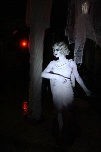 QueenMaryDarkHarbor2014-GracefulGaleInside2-img_6027