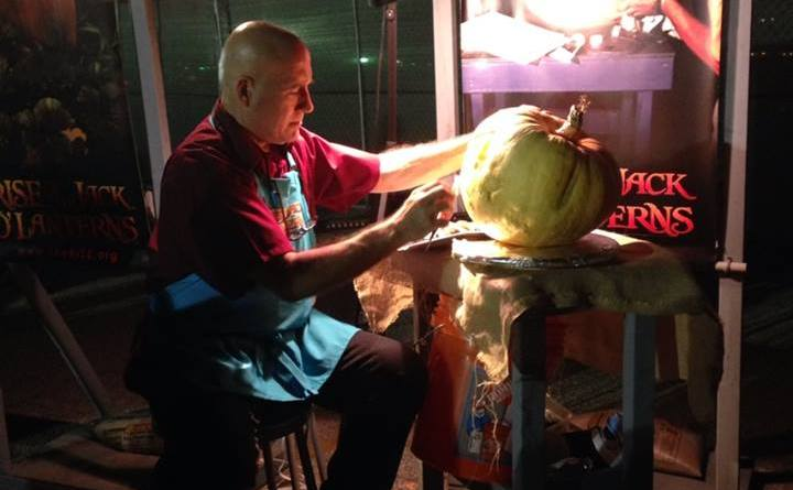 Rise of the Jack O'Lanterns 2015 demonstration
