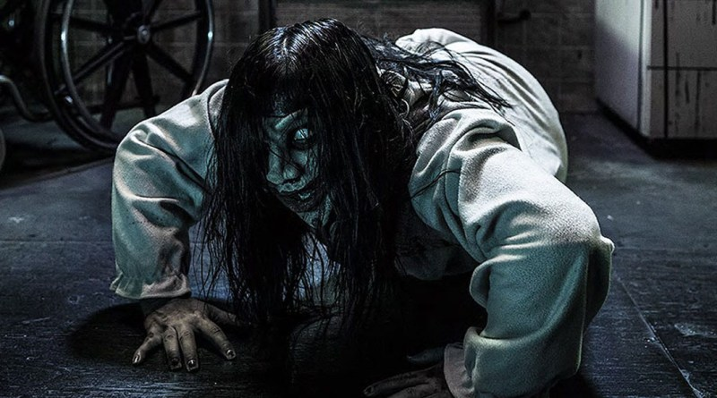 Our opinion on Knott's Scary Farm's decision to close FearVR