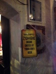 ye-old-kings-head-zombie-warning