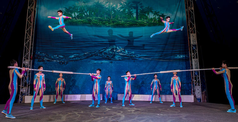 Roll Up for Zirka Circus