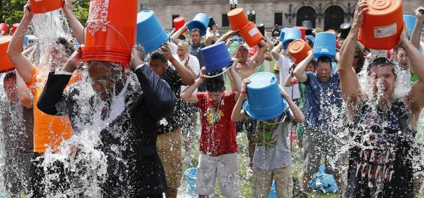 140811-boston-ice-bucket-challenge-1350_26906d39ac7ead702b45e5b7707b8dc6.nbcnews-fp-1280-600
