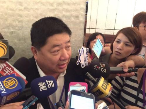 台企聯總會長王屏生直言「兩岸交流中斷就是卡在九二共識」、「台灣社會真的是有病」。 圖片來源:聯合新聞網