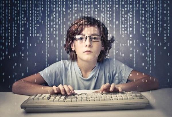 電腦能力不是只有寫程式。 圖片來源:巨匠電腦