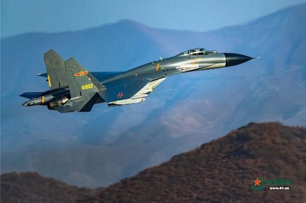 中國軍機飛越海峽中線挑釁。 圖片來源:disp.cc