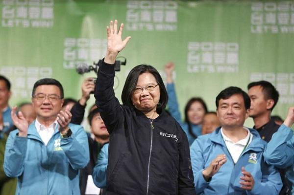 2020總統大選蔡英文大勝但民進黨沒贏,挑戰更艱鉅。 圖片來源:風傳媒