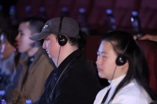 視障者也可以看影片。 圖片來源:東方網