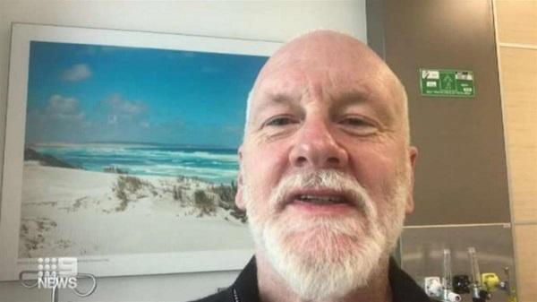 澳洲音樂家確診武漢肺炎之後開直播。 圖片來源:東森新聞