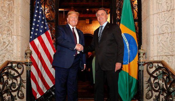 美國與巴西簽署國防開發協議。 圖片來源:報呱