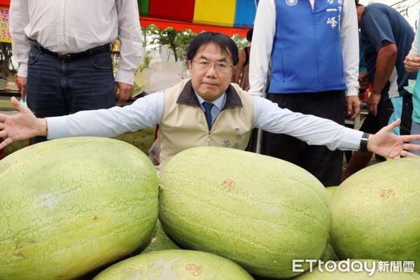 台南人對西瓜說挺感冒。 圖片來源:ETToday