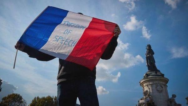 法國巴黎教師遭斬首,總統馬克宏發言引發伊斯蘭國家反彈。 圖片來源:BBC