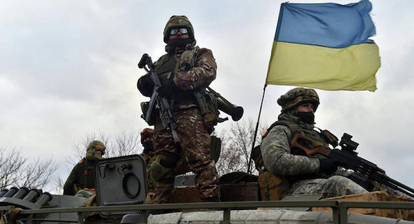 烏克蘭與俄羅斯大舉增兵對抗態勢升高。 圖片來源:看新聞