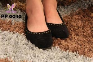 Latest Purple Patch Winter Shoes 2013 Collection For Girls