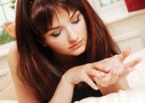 Nail Whitening Effective Home Remedies for Yellow Nails