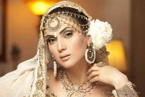 Anum Yazdani Bridal Jewellery Collection 2013 For Women 005
