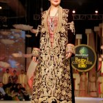 Greatest Pakistani Marriage Clothes Regarding Females 2014 - 15 (3)