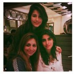 Syra Yousuf and Shahroz Sabzwari Home Pictures (1)