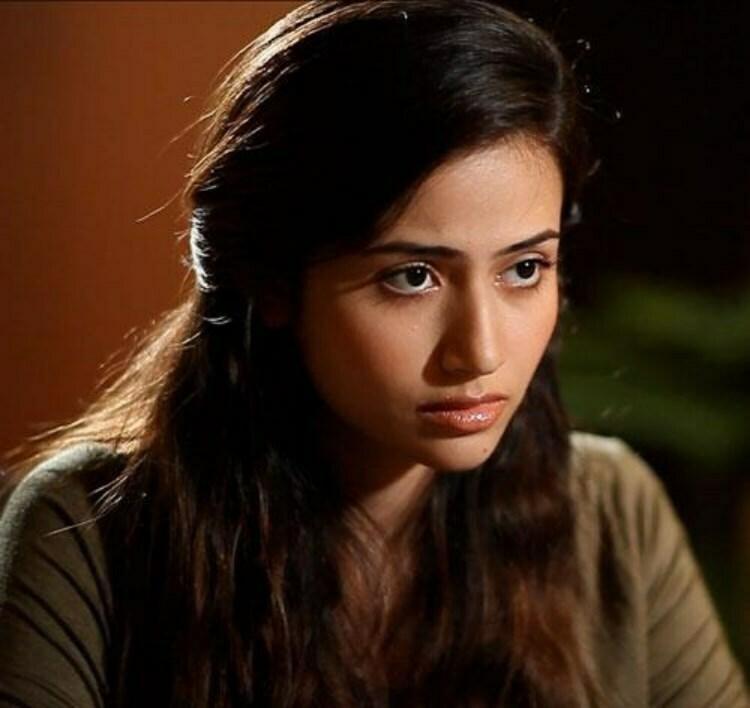 Pakistani actress Yumna Zaidi HD pictuires
