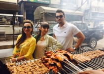 "The Asal Foodie Show"" with Pakistani Celebrities (1)"