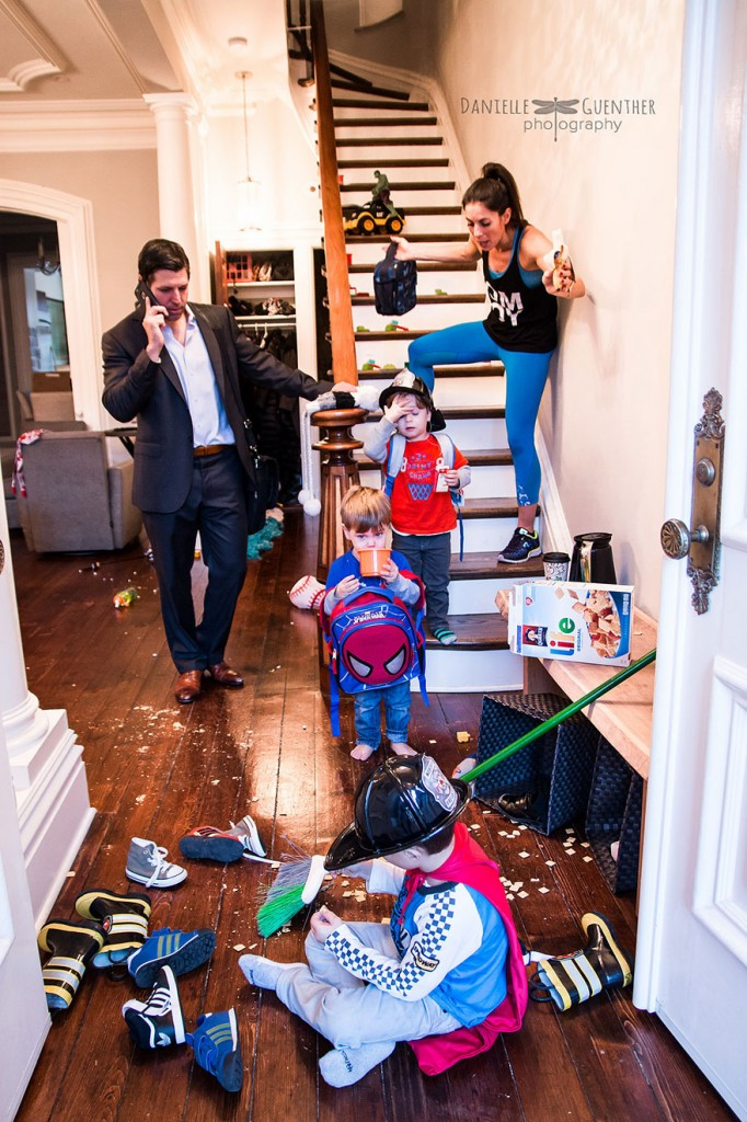 best-case-scenario-realistic-family-chaotic-photography-danielle-guenther-6__880