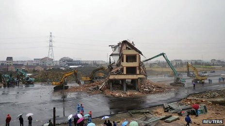 Home demolished in Wenling in China's eastern Zhejiang province, 1 Dec 2012