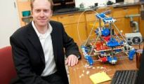 Joshua-Pearce-with-3D-printer2