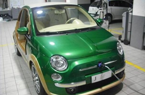 سيارة القذافي