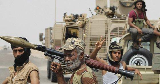عناصر المقاومة مع قوات التحالف