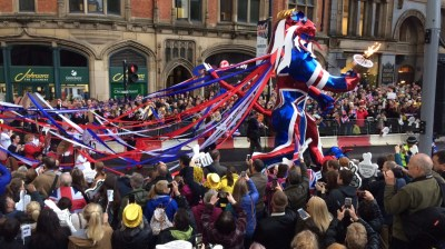 Watch: All the latest from the Olympic parade in Manchester's Albert Square | Granada - ITV News